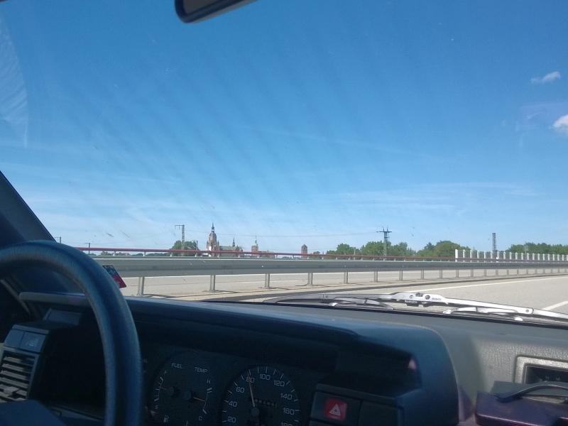 NISSAN Sunny N13 Diesel LX : An Stralsund vorbei zur Rügenbrücke - 15.06.2014